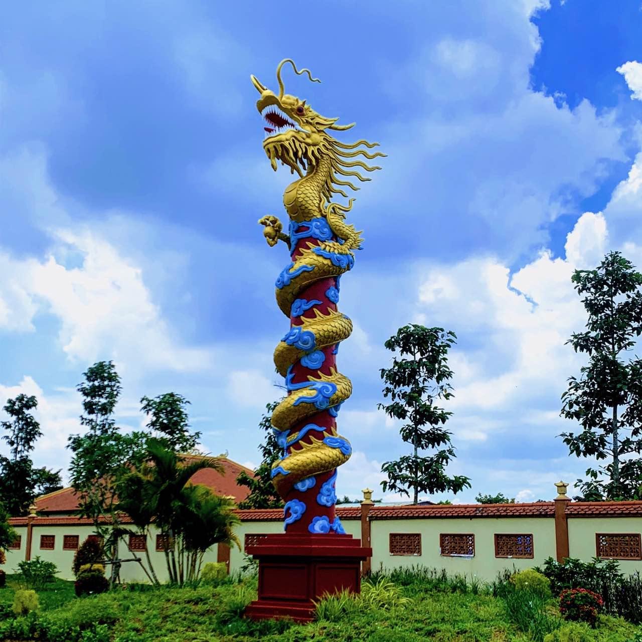 Cot-Rong-Hoa-Vien-Binh-An